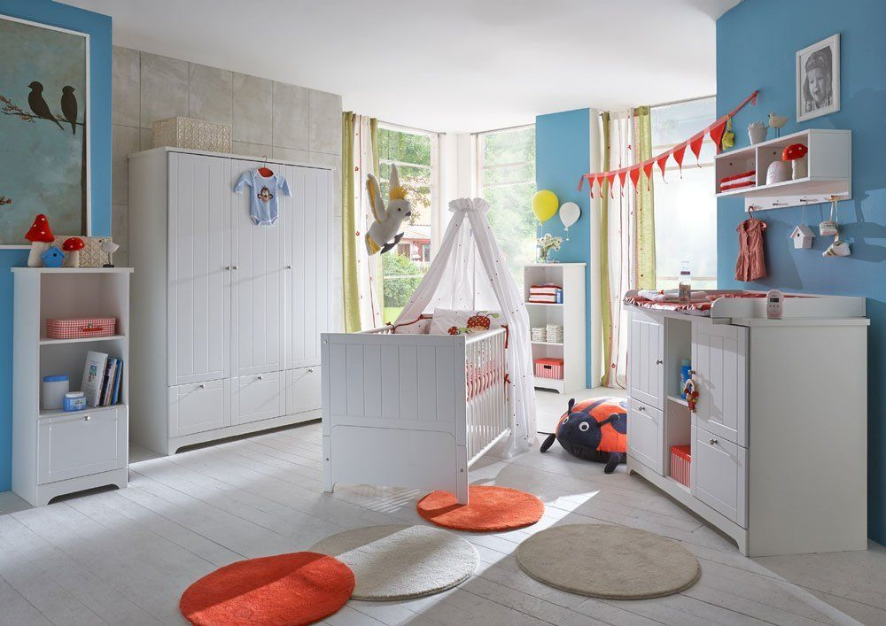 Tolles Babyzimmer im Landhaus Stil. Dieses Kinderzimmer