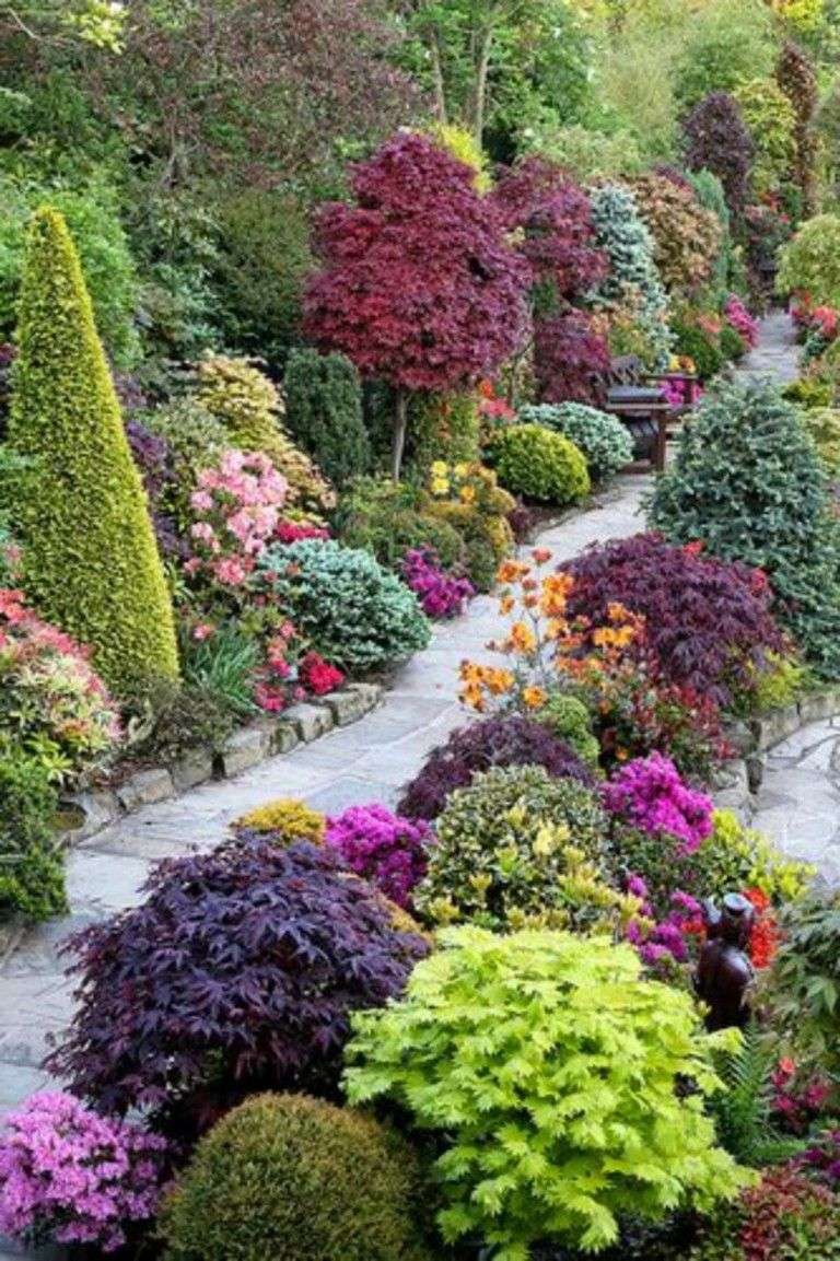 60 Beuatiful Colorful Landscaping Ideas With Low Maintenance
