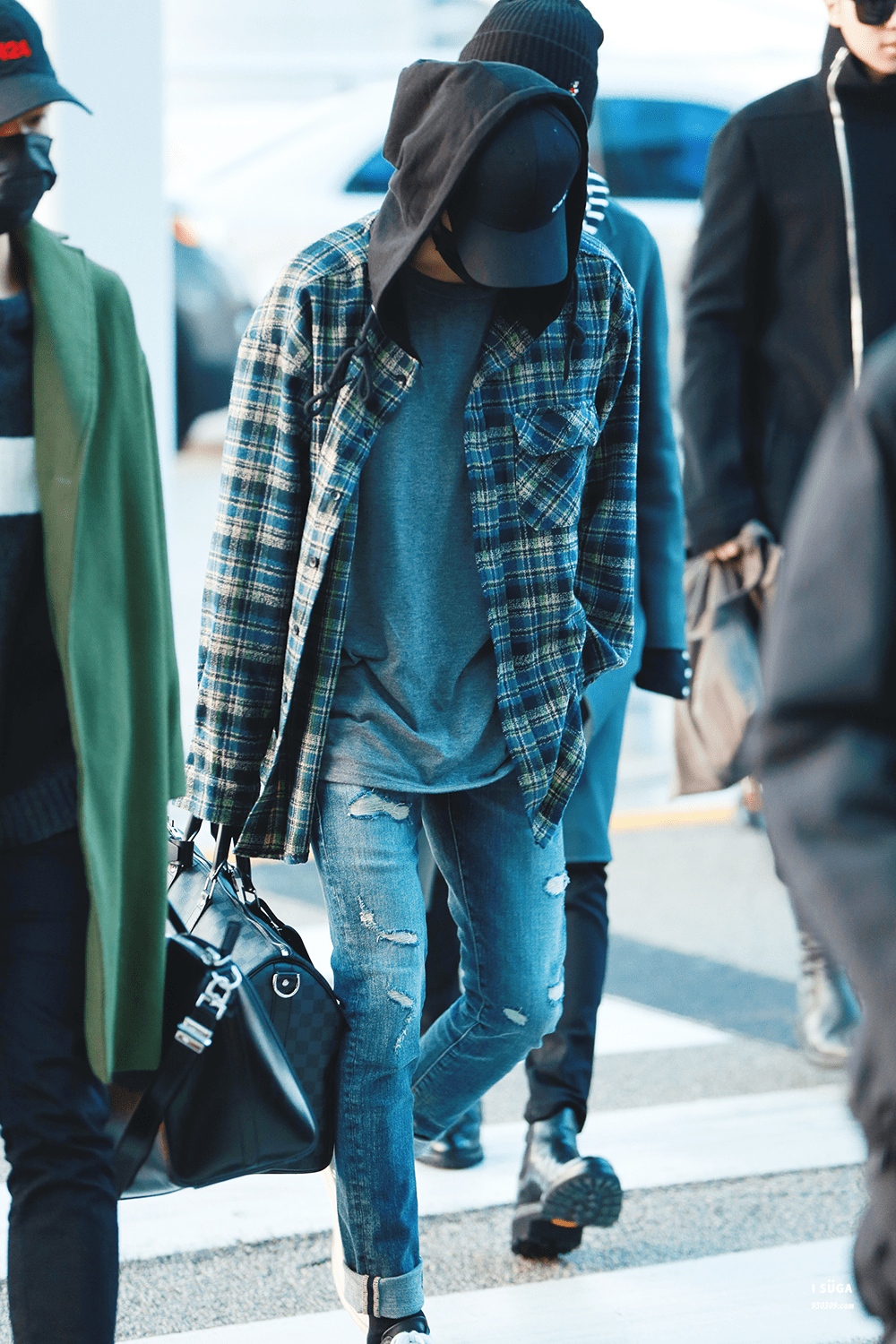 Suga Airport Fashion