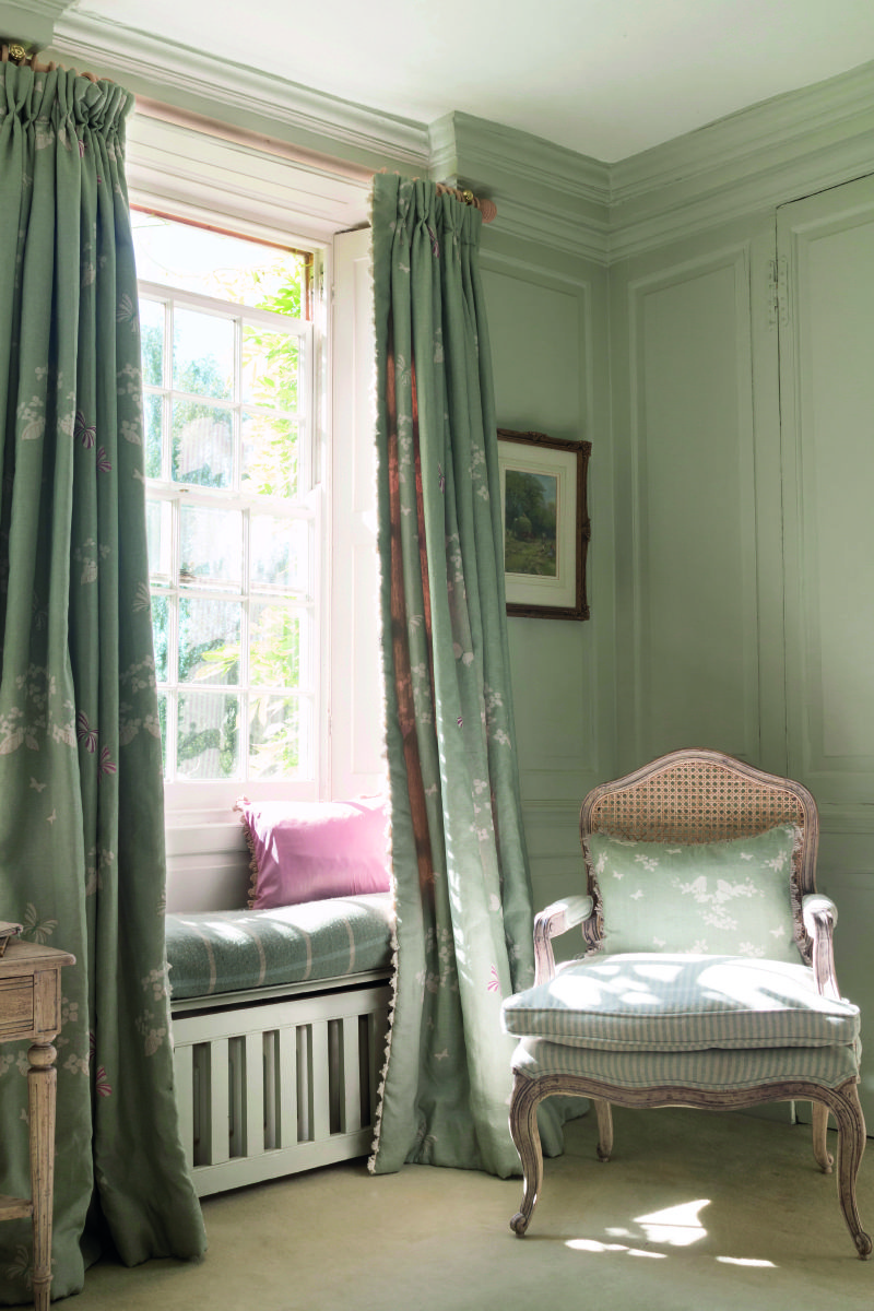 Wonderful Floor Length Drapes Create A Window Seat Even More Magical.