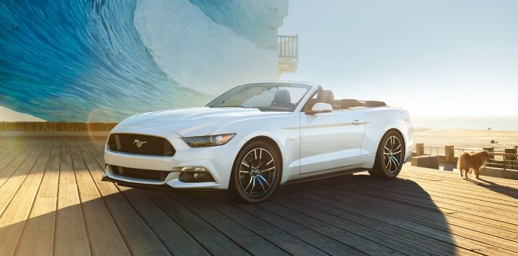 2015 ford mustang convertible in oxford white - Ford Mustang Gt 2015 White