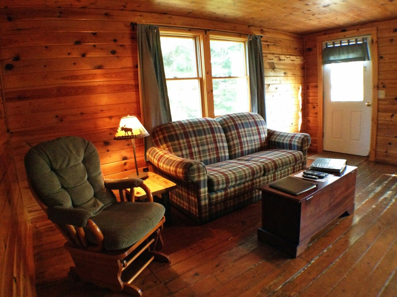 Pin by Country Charm Roots on cabin home Cabin homes