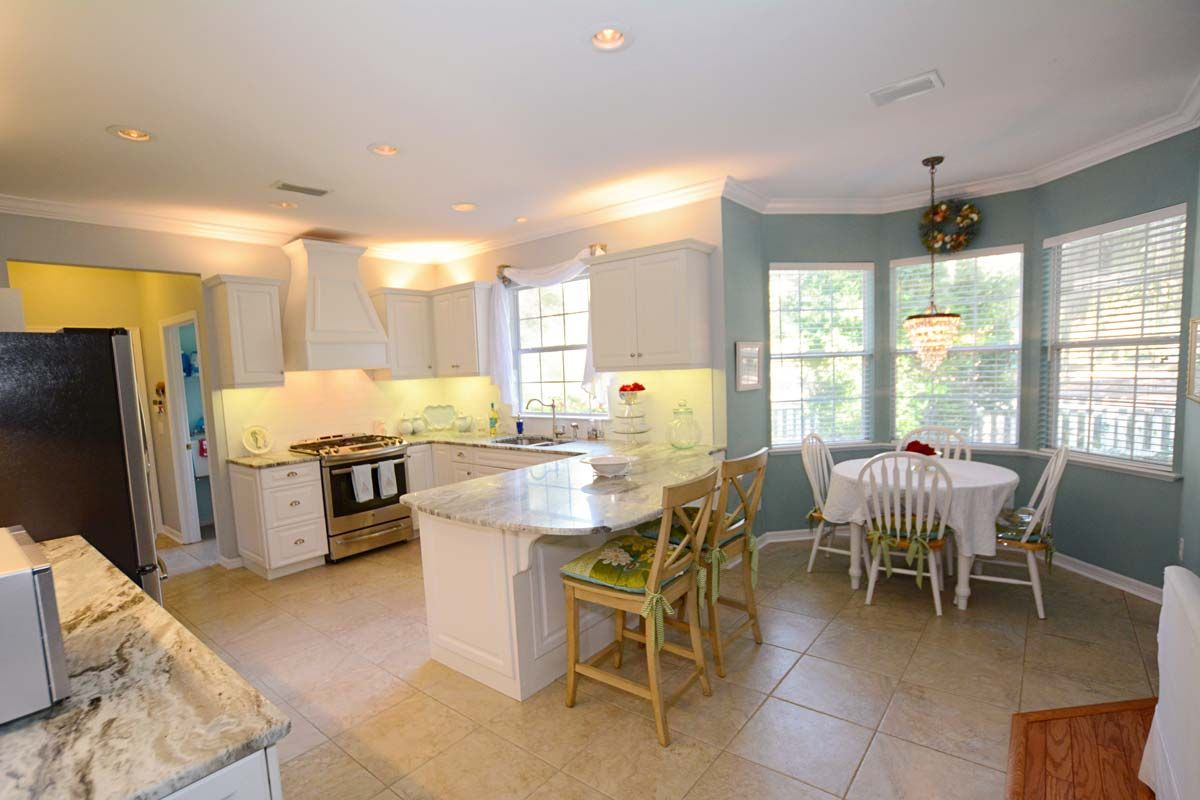This is a remodeled kitchen HCI did in Gainesville, FL. The ...