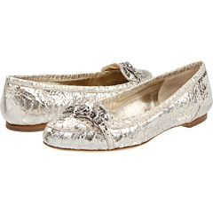 Alexander McQueen Flat Moccasin in cracked metallic leather.