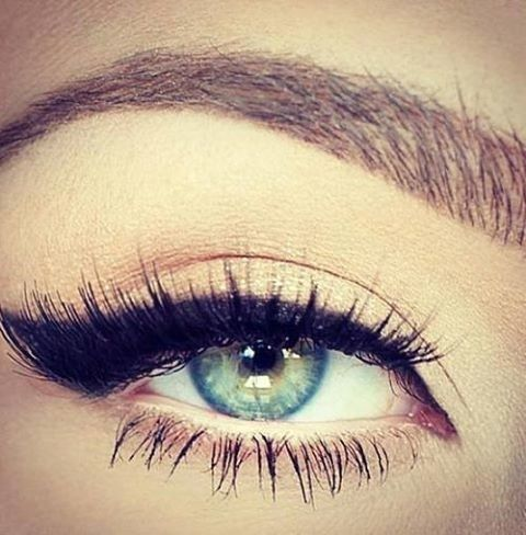 Perfect cat eye look // #makeup