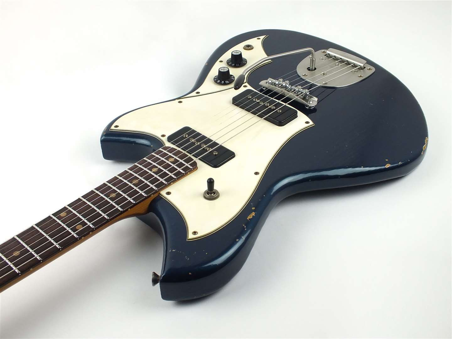 Lake Como Blue - Novo Guitars