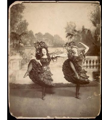 Dancers Miriam Carson and Florence Williams