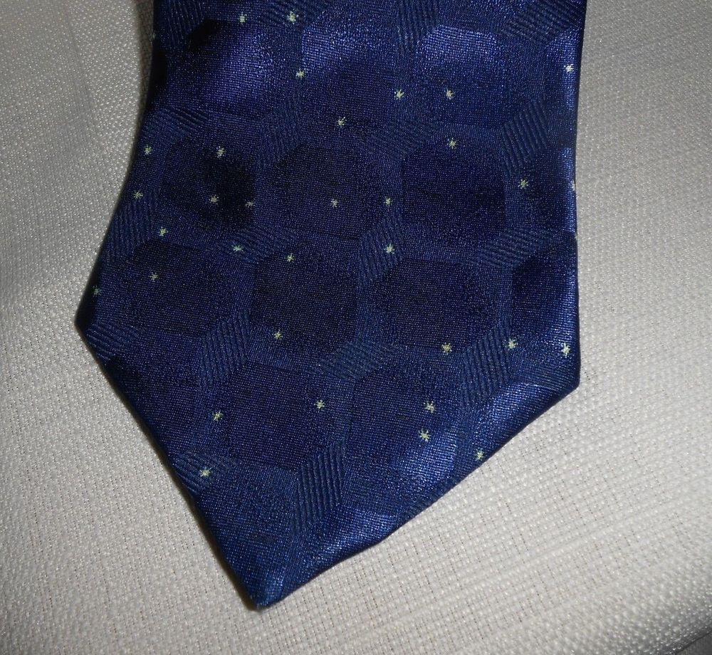 HUGO BOSS Tie Blue with Gold 100% Handmade #HUGOBOSS #Tie
