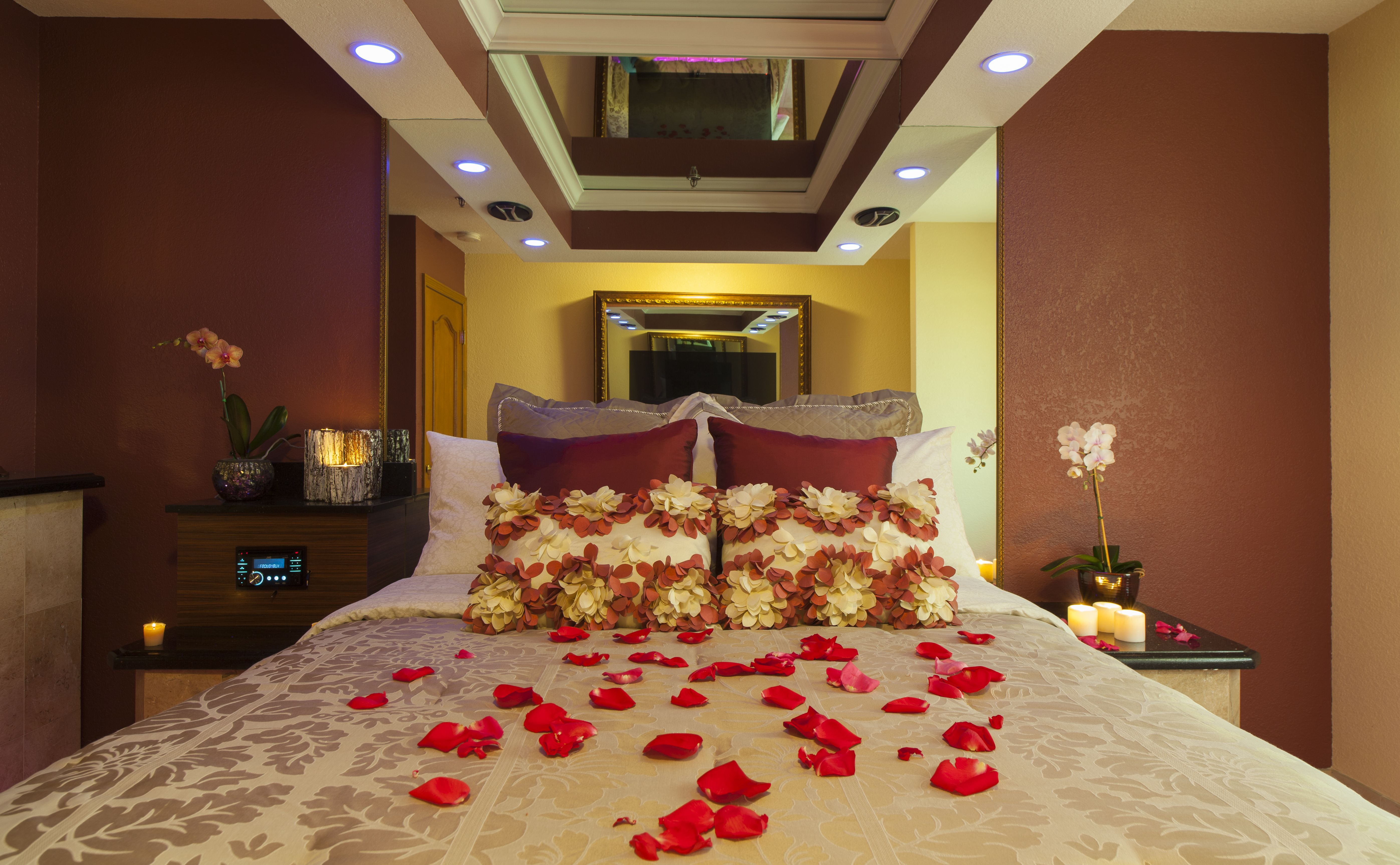Northbrook, IllinoisVoted the Best Romantic Getaway in the