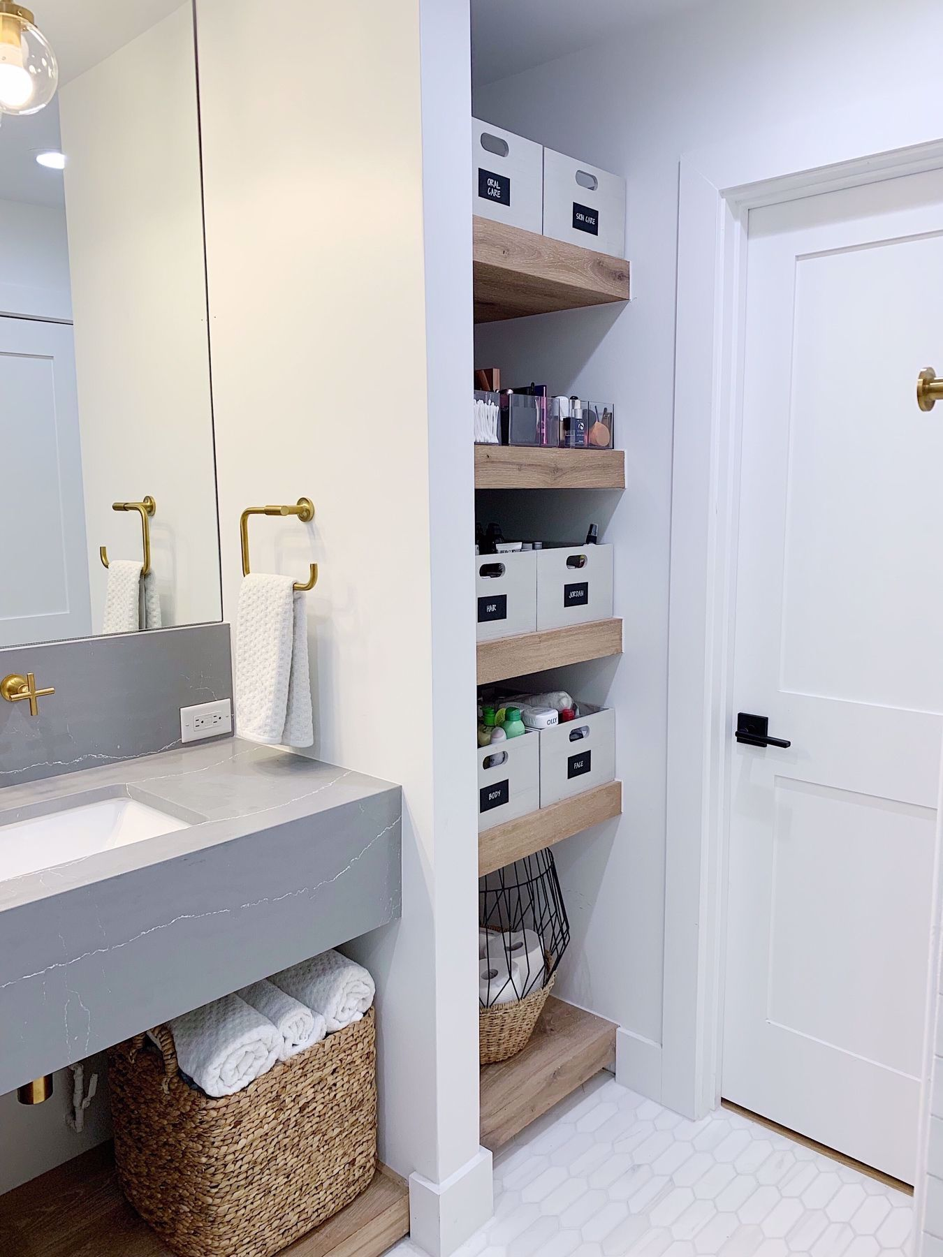 Neat Method Bathrooms Modern Bathrooms White Bathrooms Bathroom Organization Bathroom In 2020 Open Concept Bathroom Small Bathroom Storage Bathroom Makeup Storage