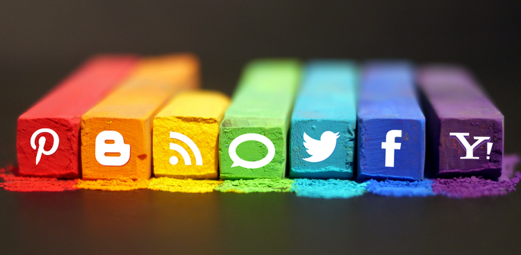 5 Graphics That'll Show You Exactly How to Use Social Media for Your Job Search