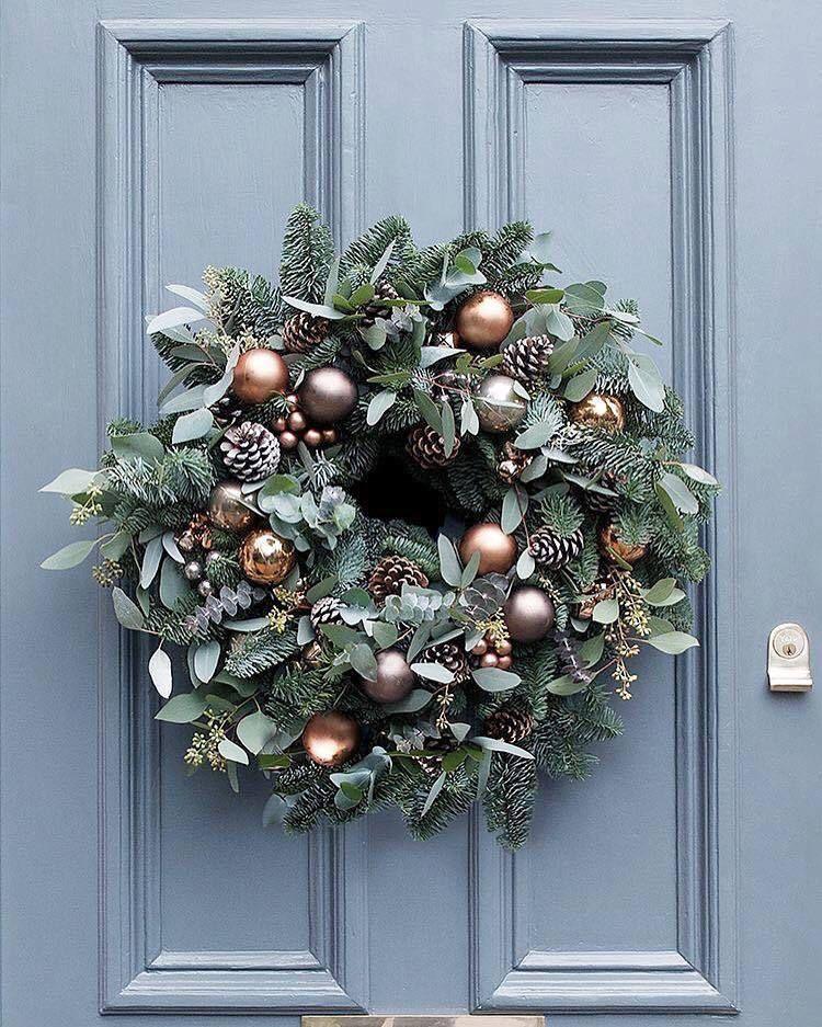 Christmas wreath-Fresh spruce Christmas door wreath-Rustic wreath-Handmade wreath-Bauble wreath-Eucalyptus wreath-Door wreath-Pinecone #baublewreath