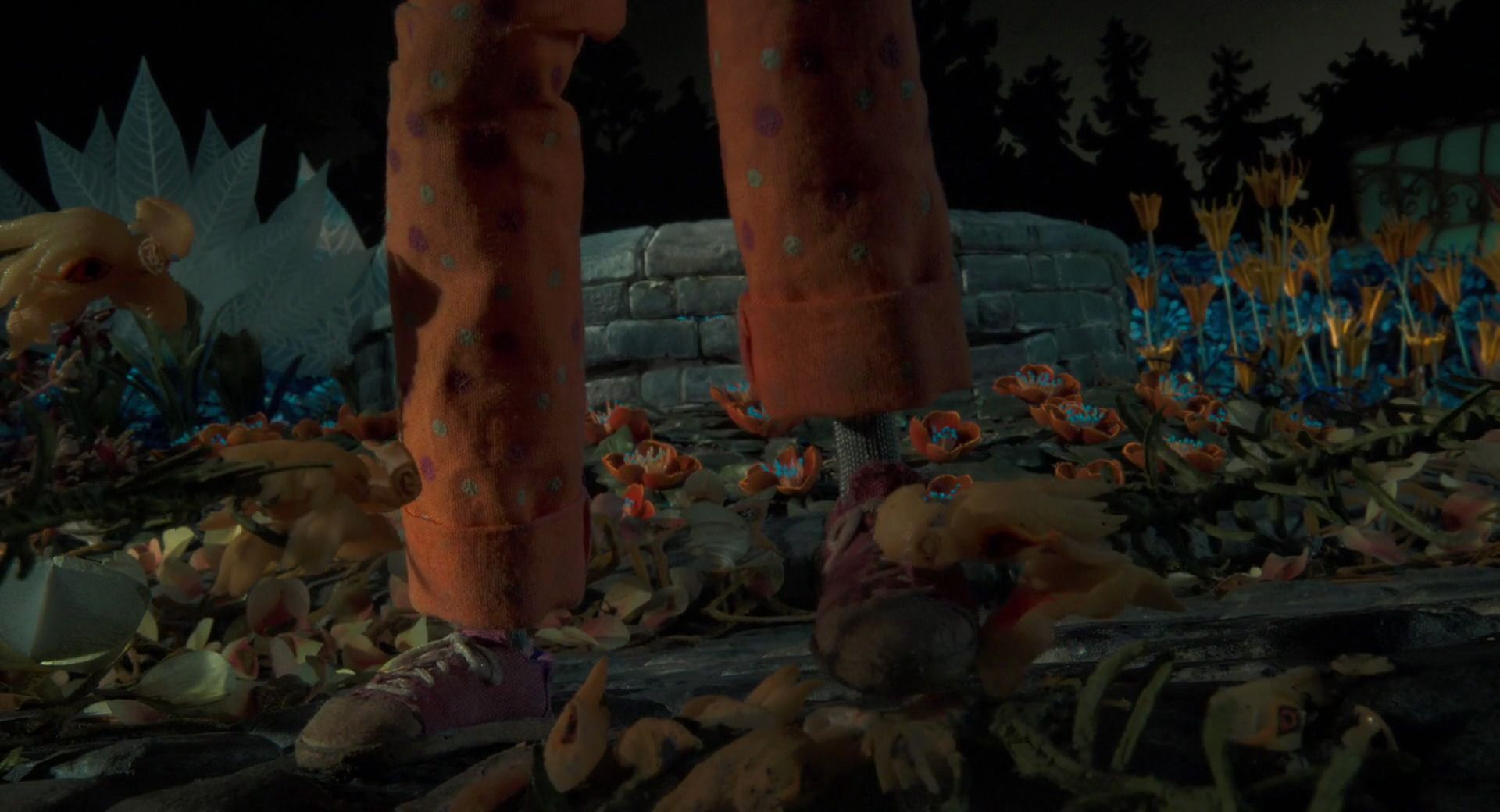 Coraline 2009 Animation Screencaps In 2020 Coraline Her World Animation