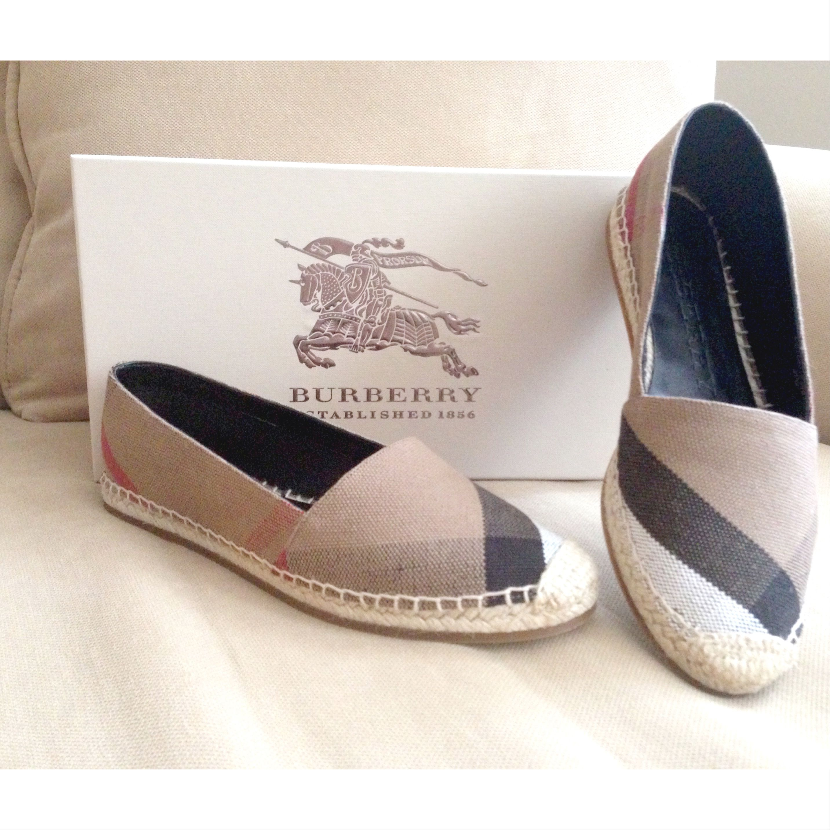 f2cffd3af5e37 Burberry Espadrilles... Perfect mommy shoes!  Burberry ...