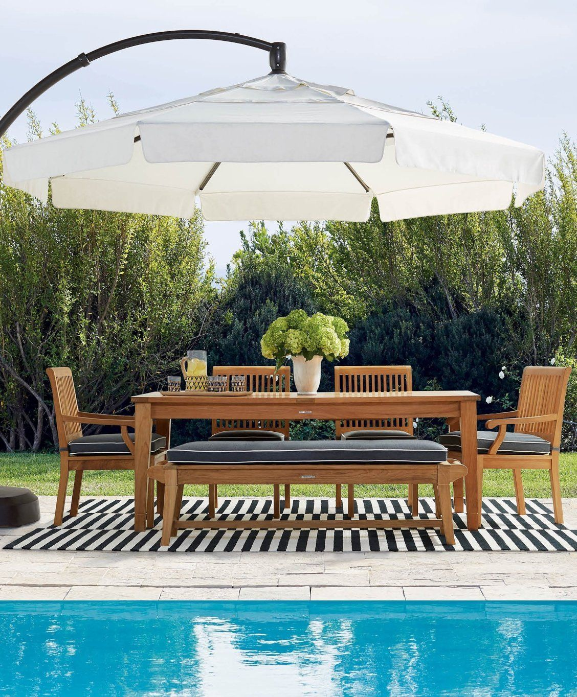 Cantilever Pergola Designs: 11' Cantilever Round Side Mount Umbrella In 2020
