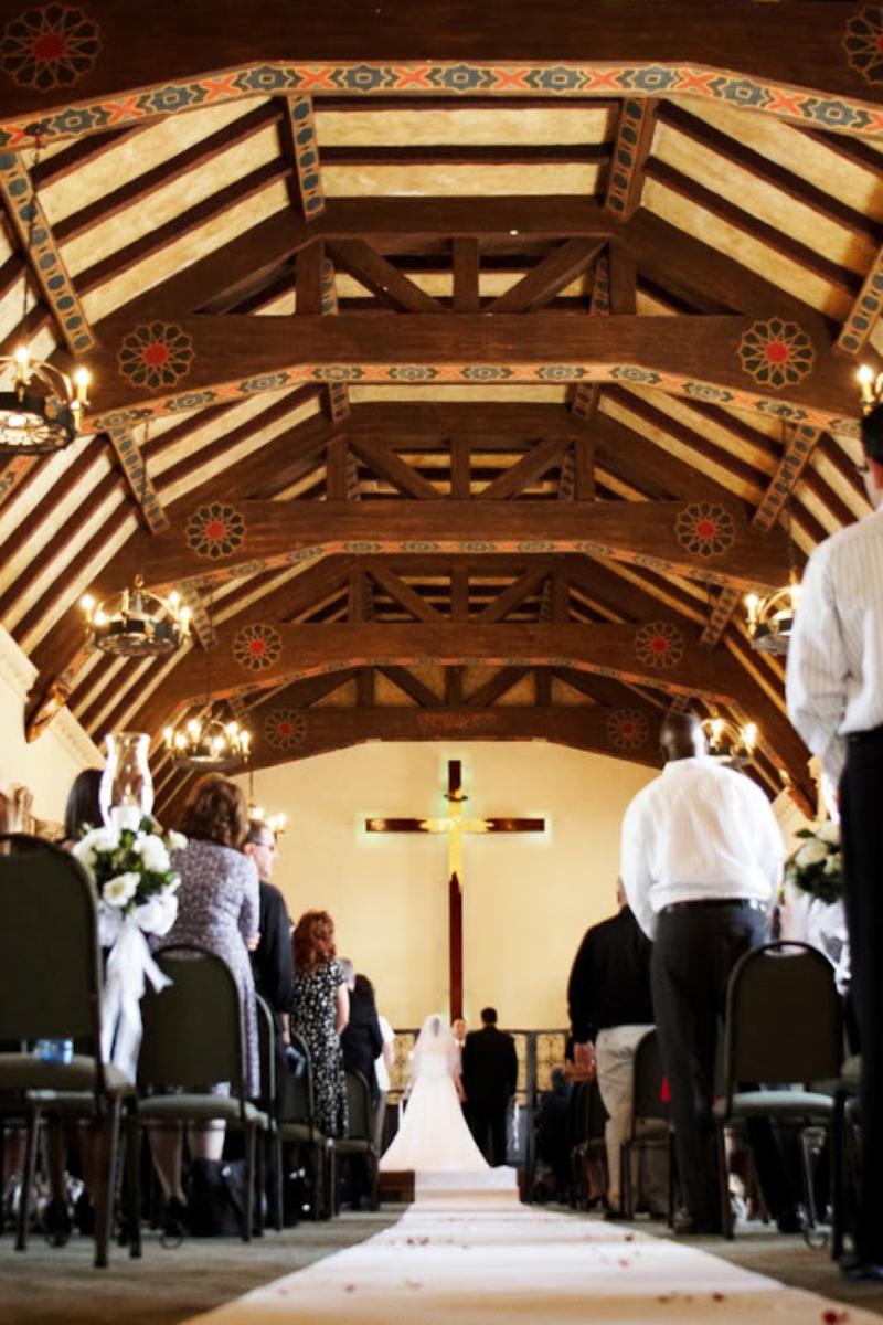 Benedict castle riverside wedding