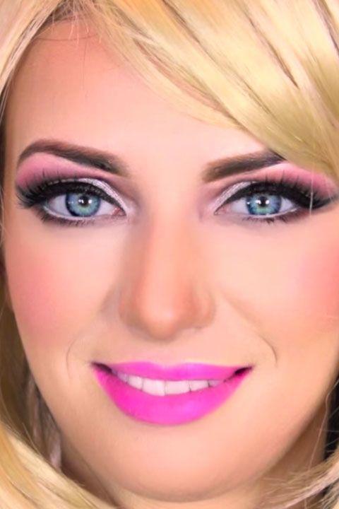 5 Amazing Barbie Makeup Tutorials You Have to Try This Halloween | Halloween | Barbie makeup, Doll makeup, Barbie halloween