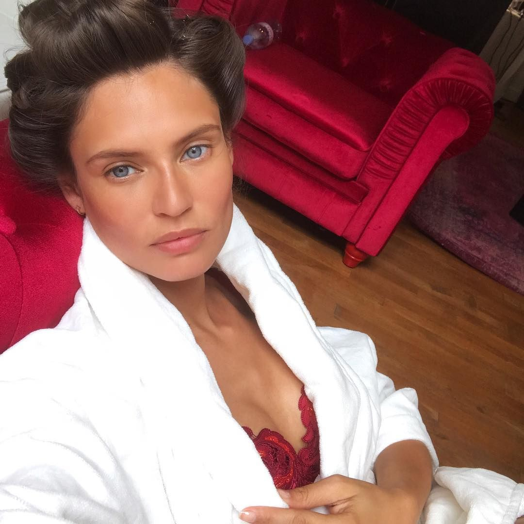 """Mi piace"": 31.1 mila, commenti: 125 - Bianca Balti (@biancabalti) su Instagram: ""Who said that models cannot get a tan?!?"""