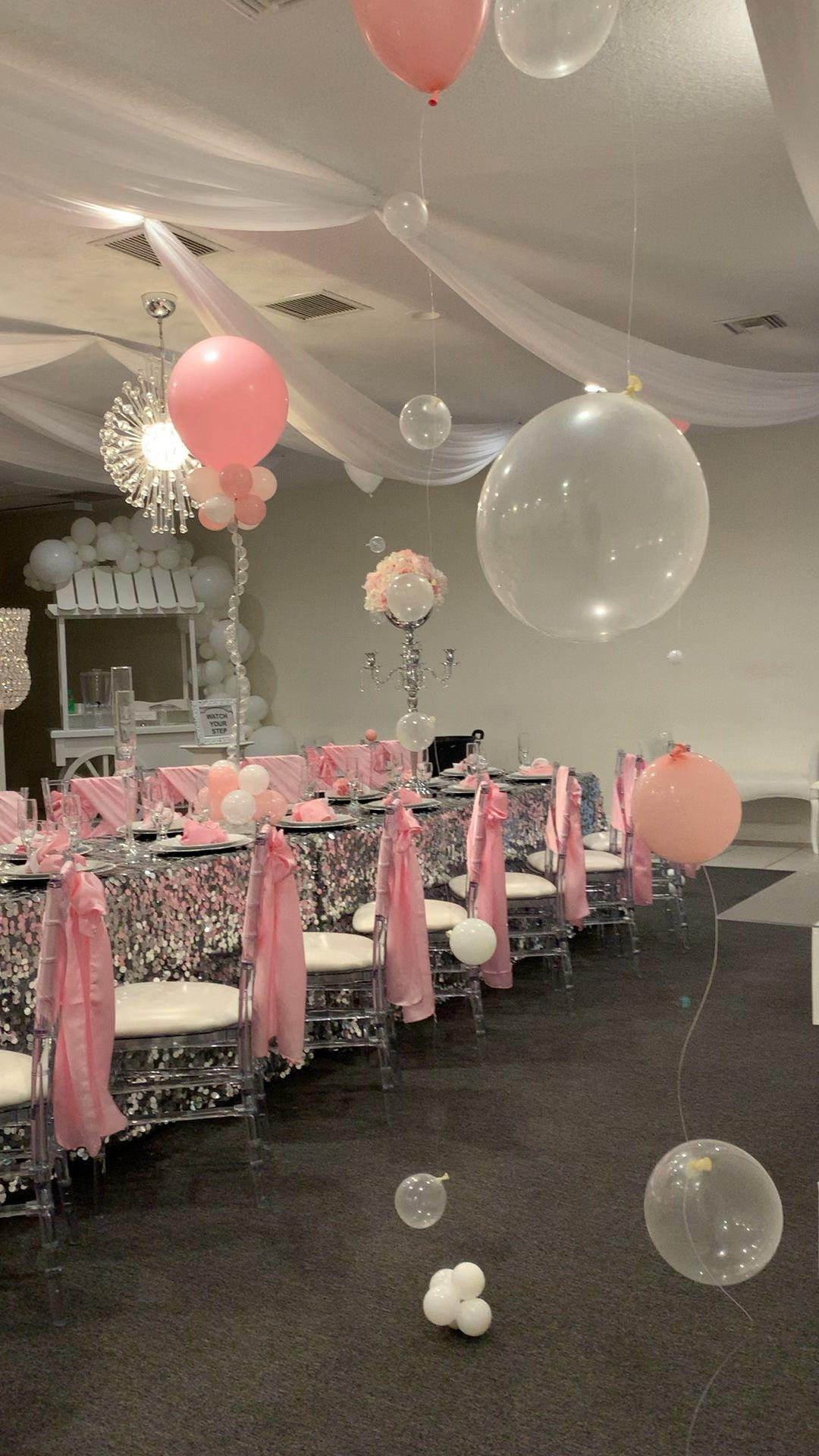 Birthday dinner party balloon decorations centerpi