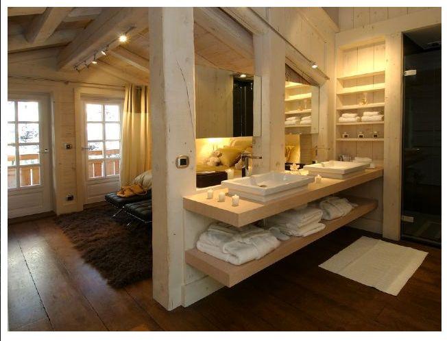 Salle de bain ouverte sur la chambre Inside my house