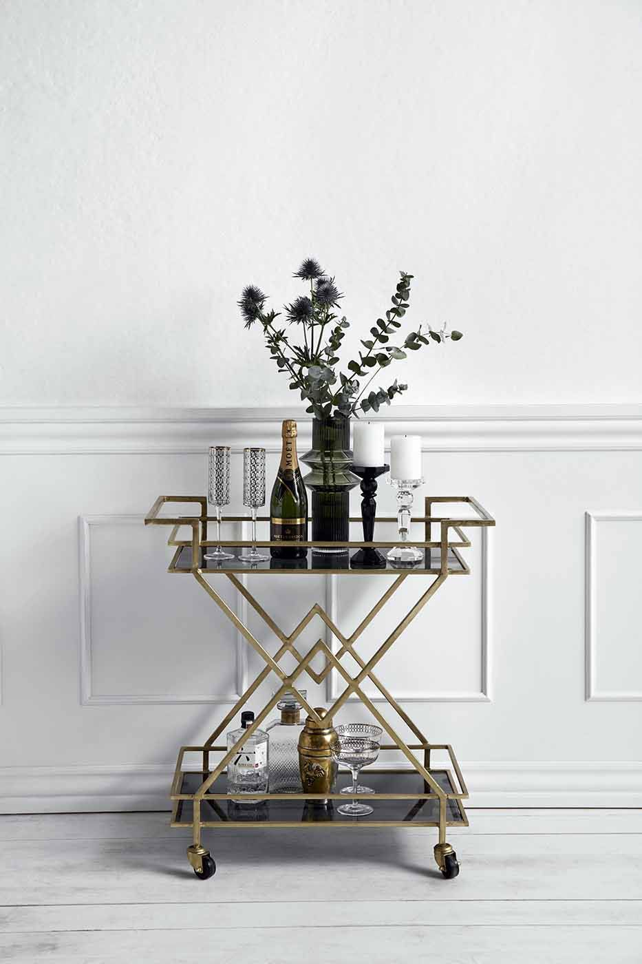 Smuk Fantastisk smukt messing rullebord i art deco stil fra Nordal YN-99