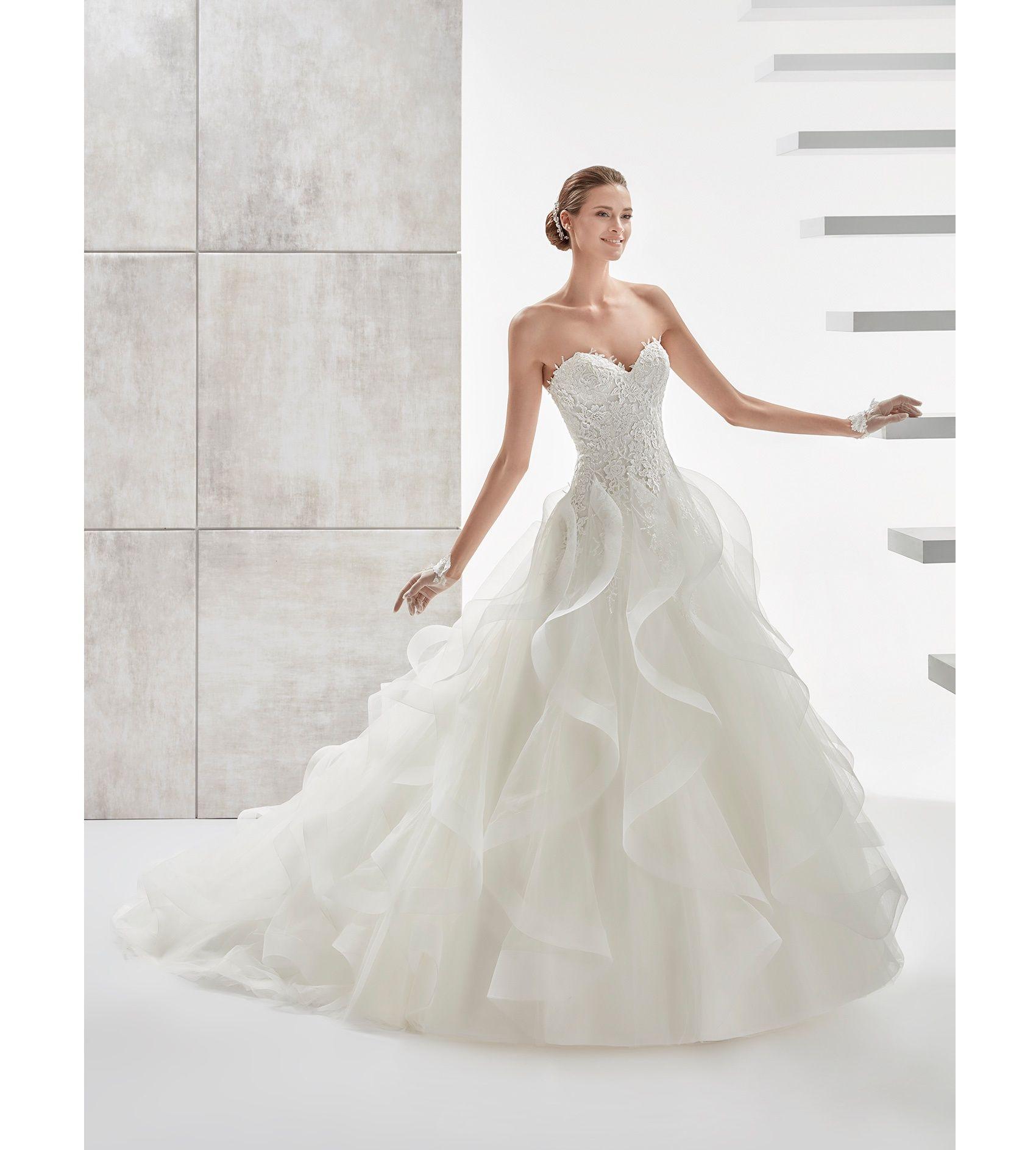 Fashion bride 2017 - Collection AURORA. AUAB17914. Wedding Dress ...