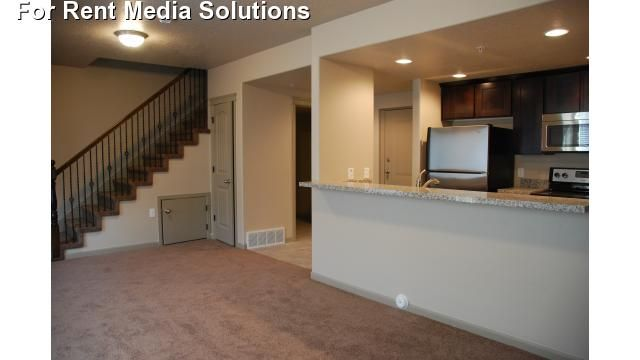 Hills At Sandy Station Apartments For Rent In Sandy Utah Apartment Rental And Community Details Forren Apartment Apartments For Rent Apartment Communities