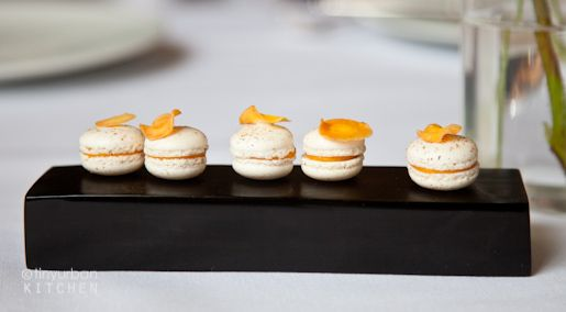 carrot macarons from eleven madison park