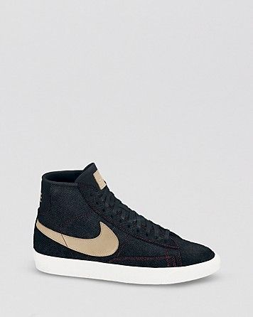 Trendy Womens Sneakers : Nike Lace Up High Top Sneakers