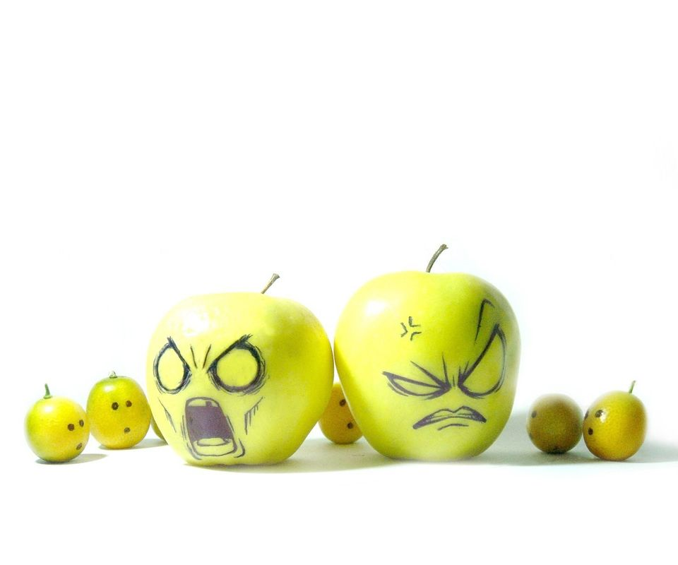 Full View and Download Funny Apple Wallpaper 2 | Apple ...