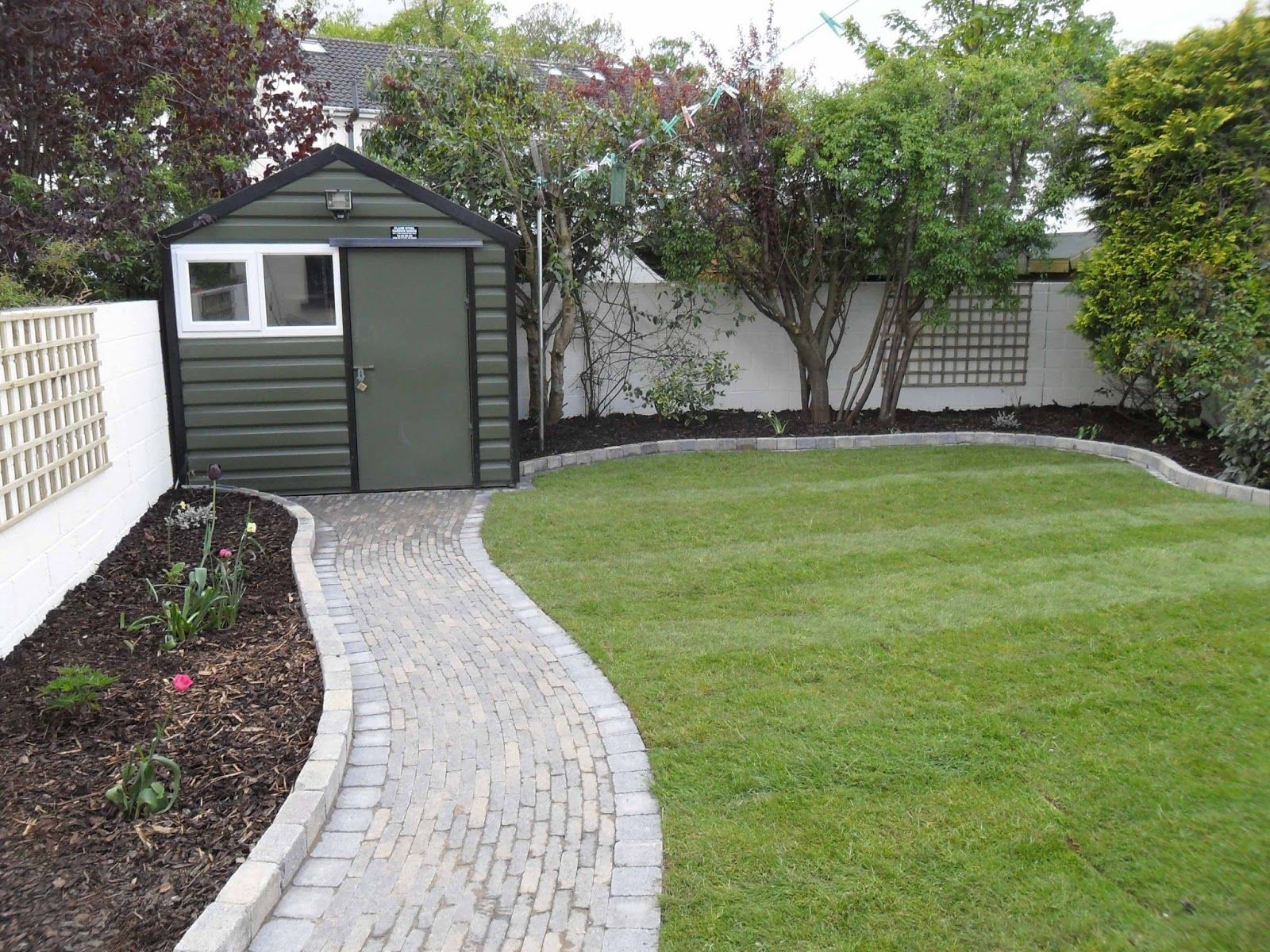 Attractive Garden, Garden Path Floral Decozt Garden Design And Decoration For Modern  Home Landscaping Slate Designers