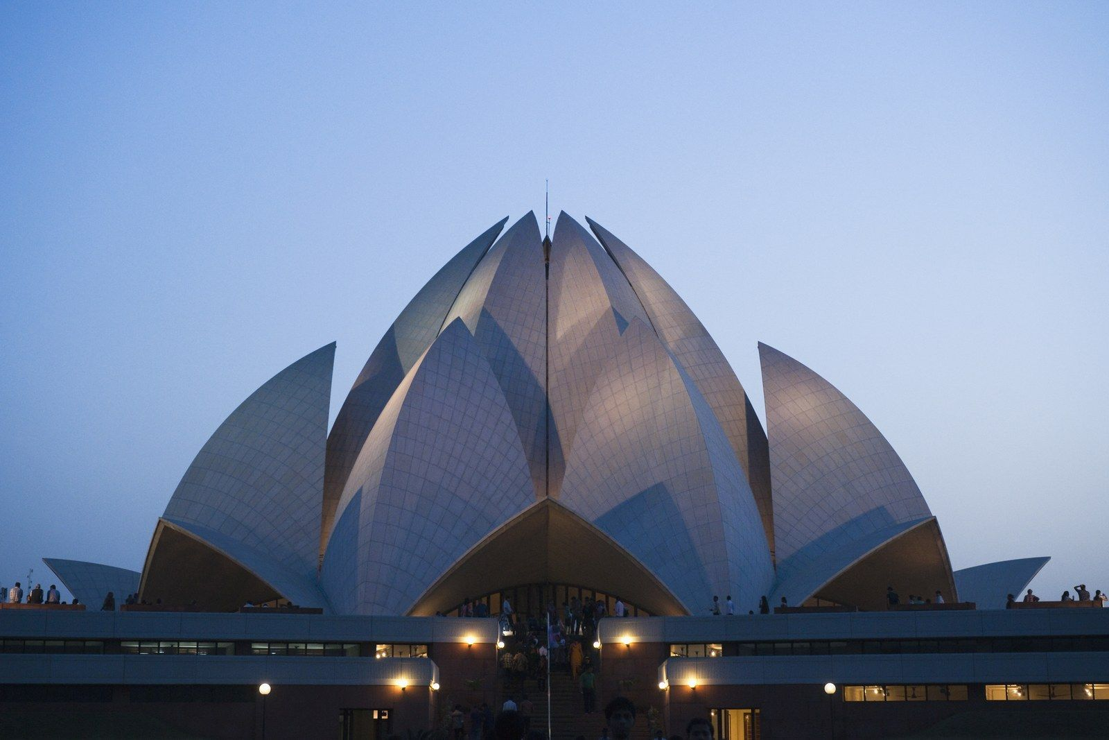 50 Iconic Buildings Around The World You Need To See