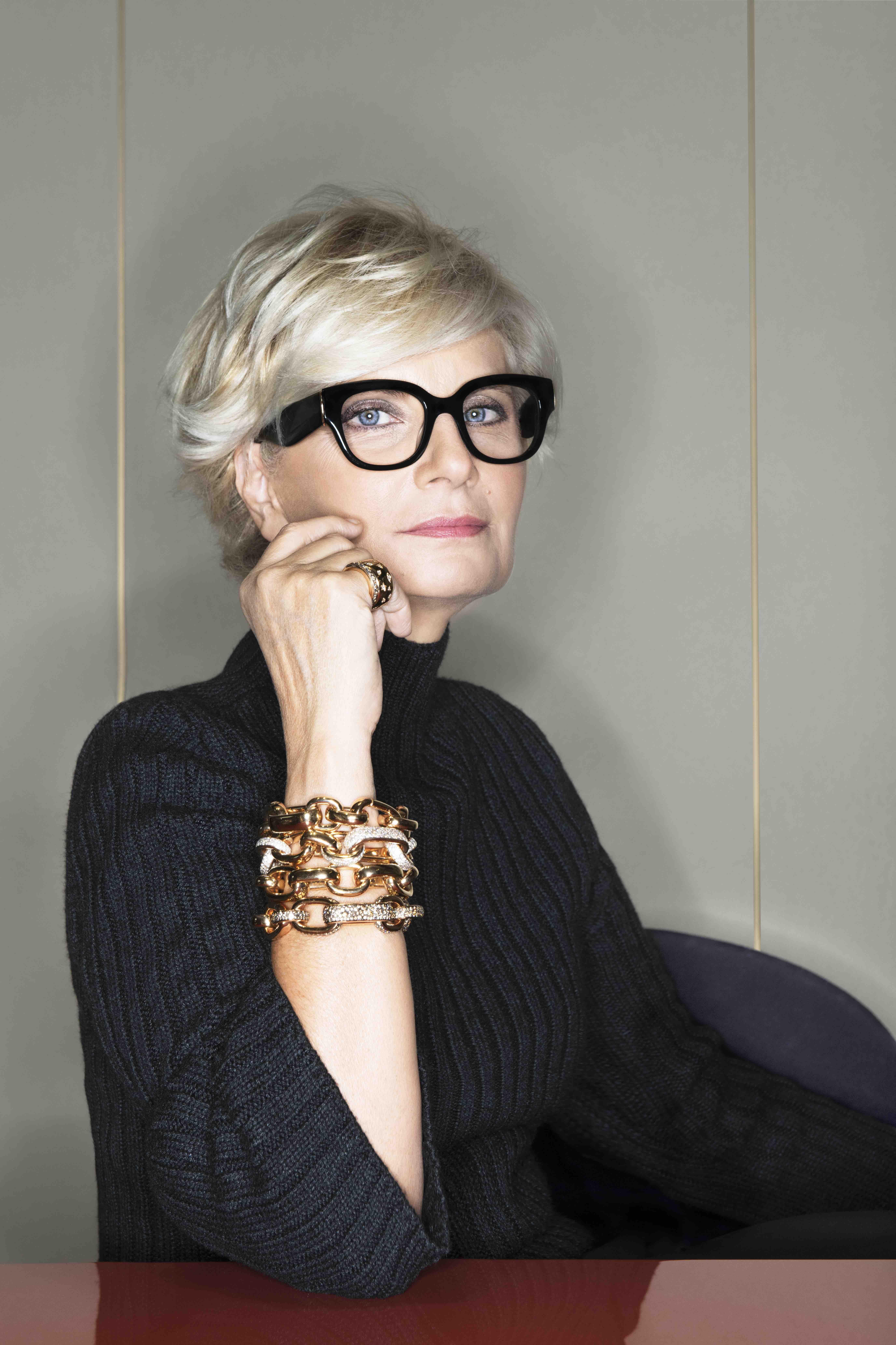 Sabina Belli Ceo Of Pomellato Group Talks Empowering Women Women Ceo Short Hair Styles Short Grey Hair