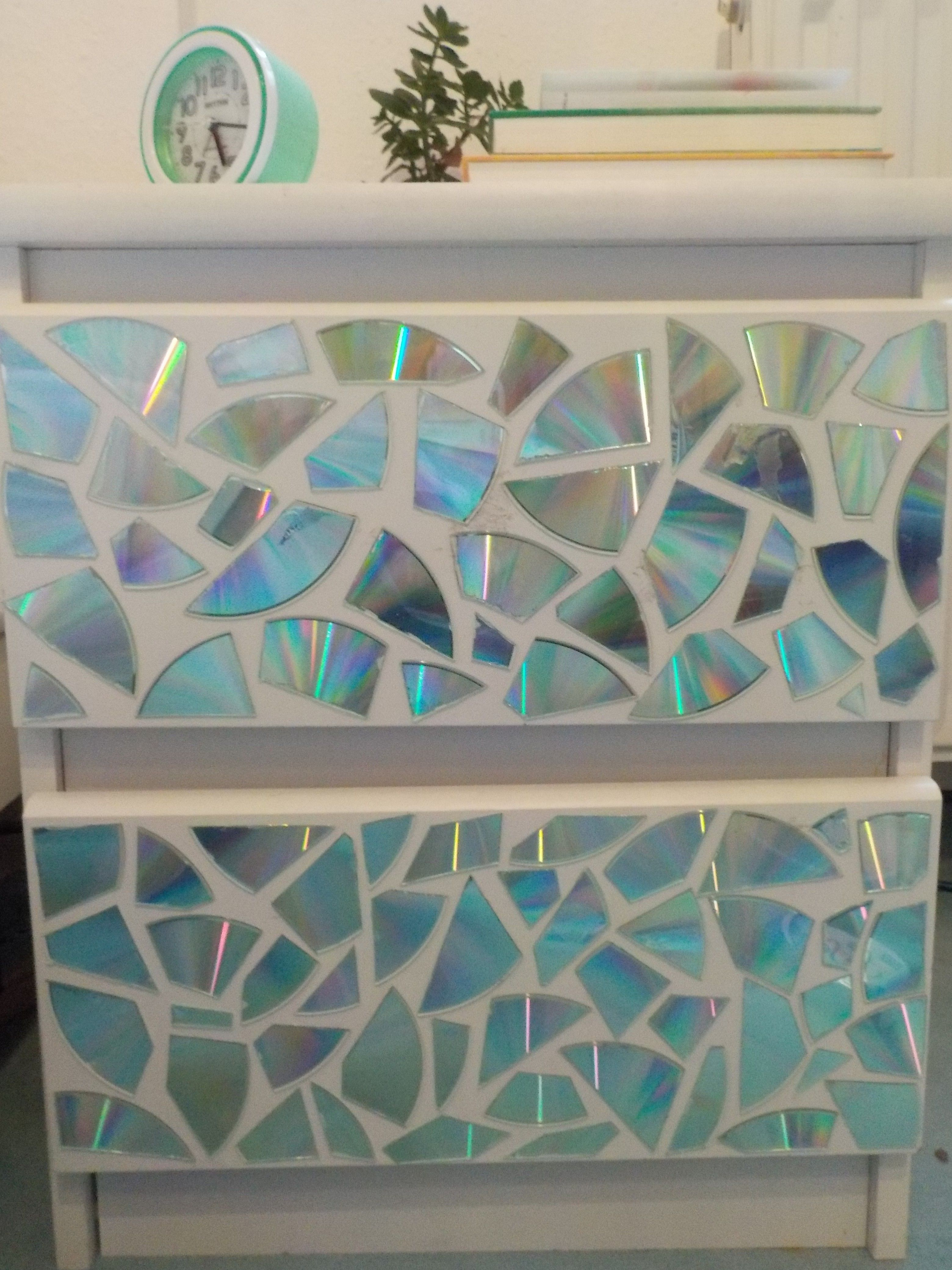 DIY: Schrank mit alten CD′s verschönern | Casa | Pinterest | Diy ...