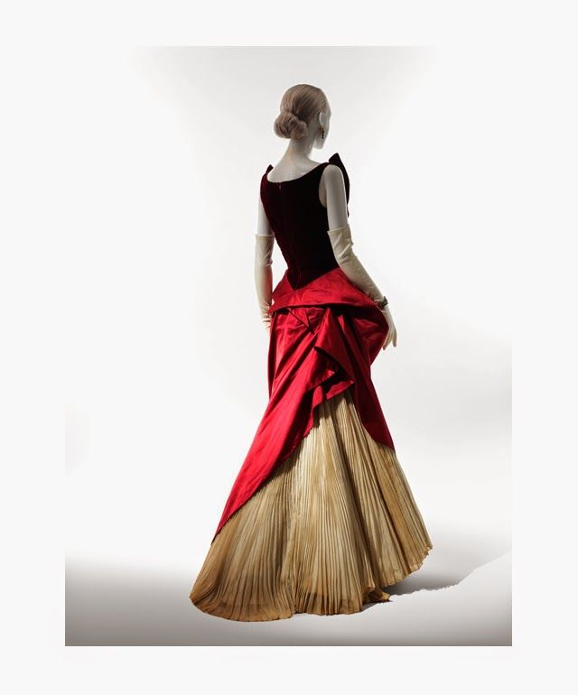 Charles James (American, born Great Britain, 1906–1978), Ball Gown, 1949-50. Red silk velvet, red silk satin, white cotton organdy