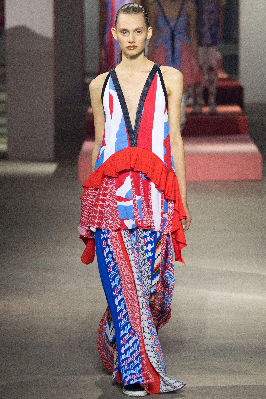 Kenzo Spring 2016 Ready-to-Wear Fashion Show - Saadi Schimmel