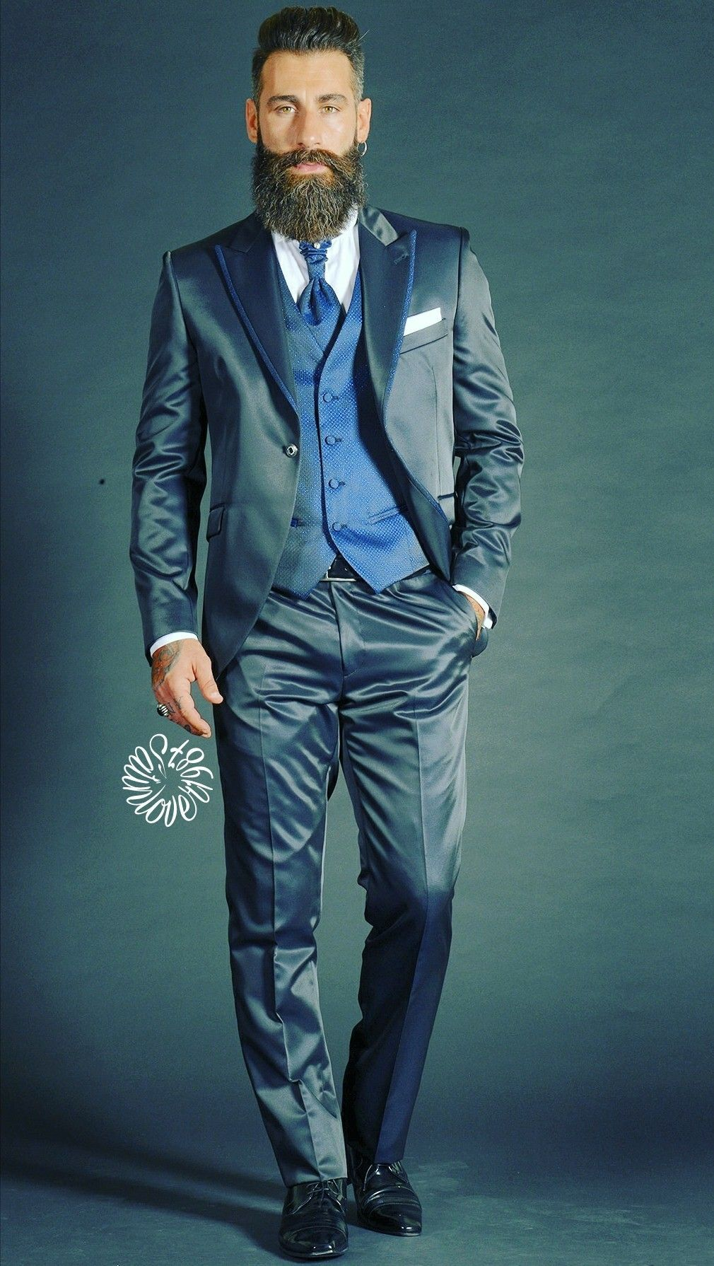 Pin by Kyo520 on Suits satin/shiny | Pinterest | Man style