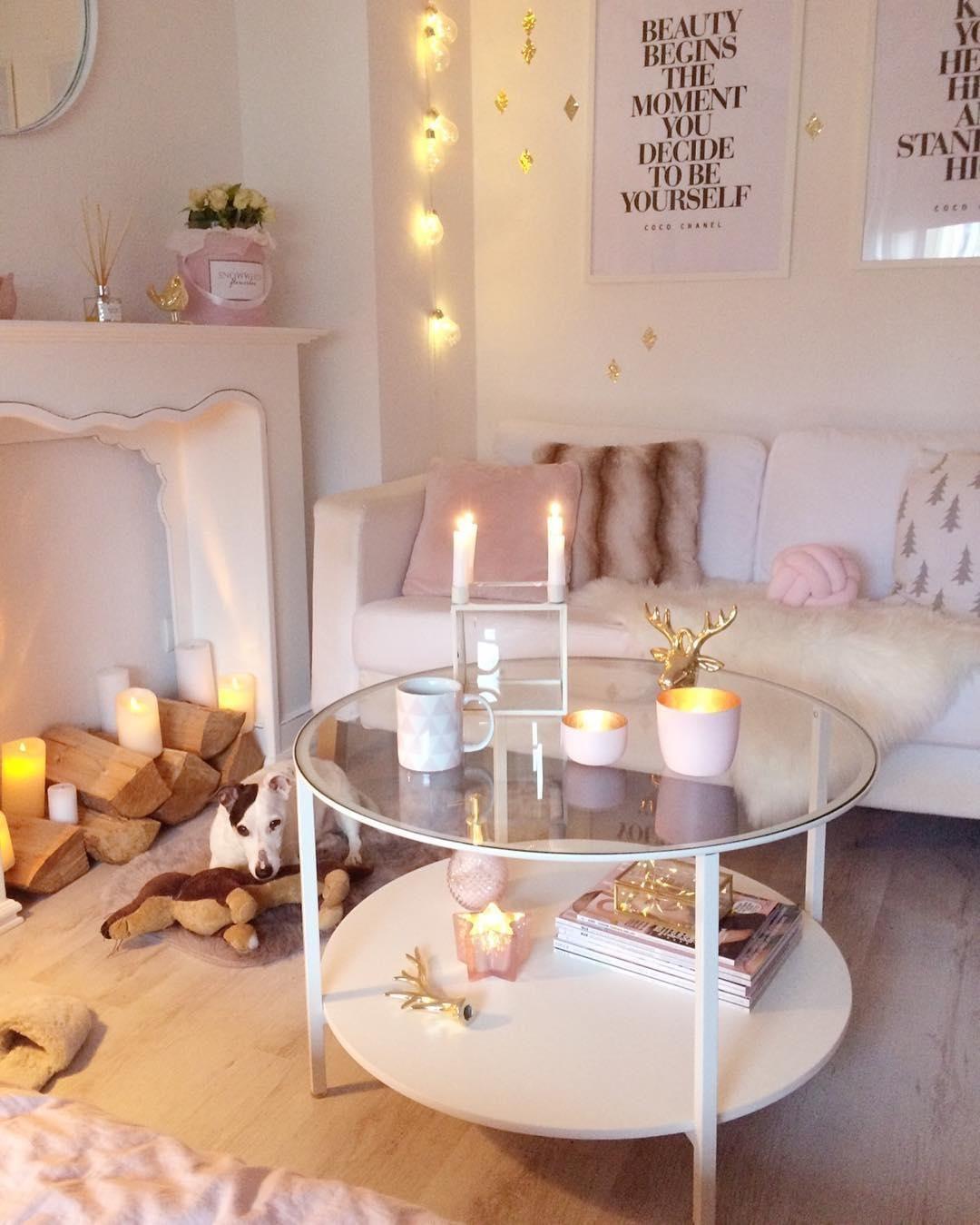 Cozy in Pink! In diesem kuscheligen Wohnzimmer in zartem ...
