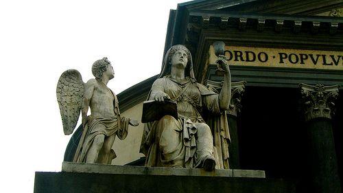 Torino Magica è un tour notturno alla scoperta della