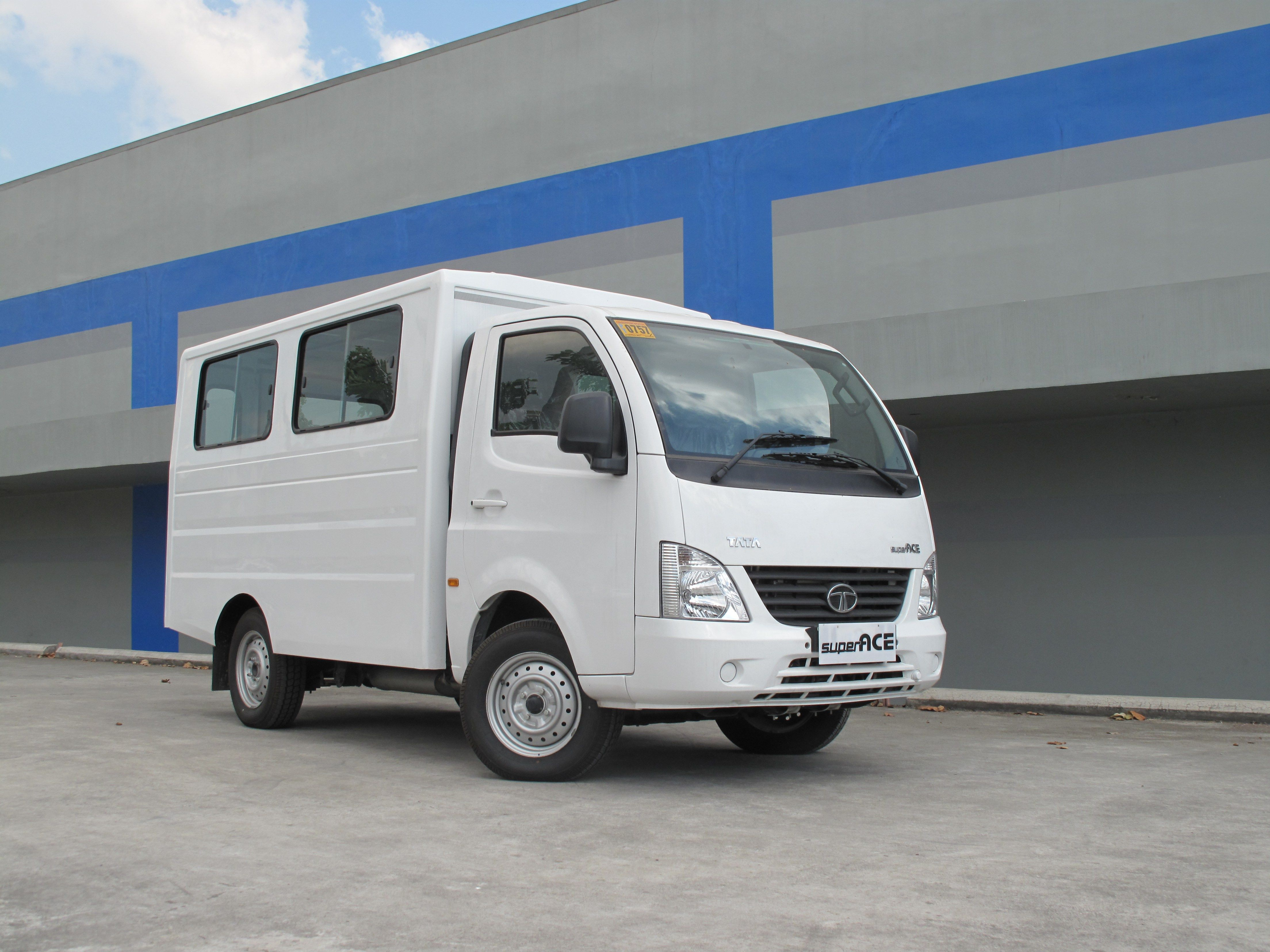 Tata Super Ace offers best deal to Filipino Entreps - MotorTech