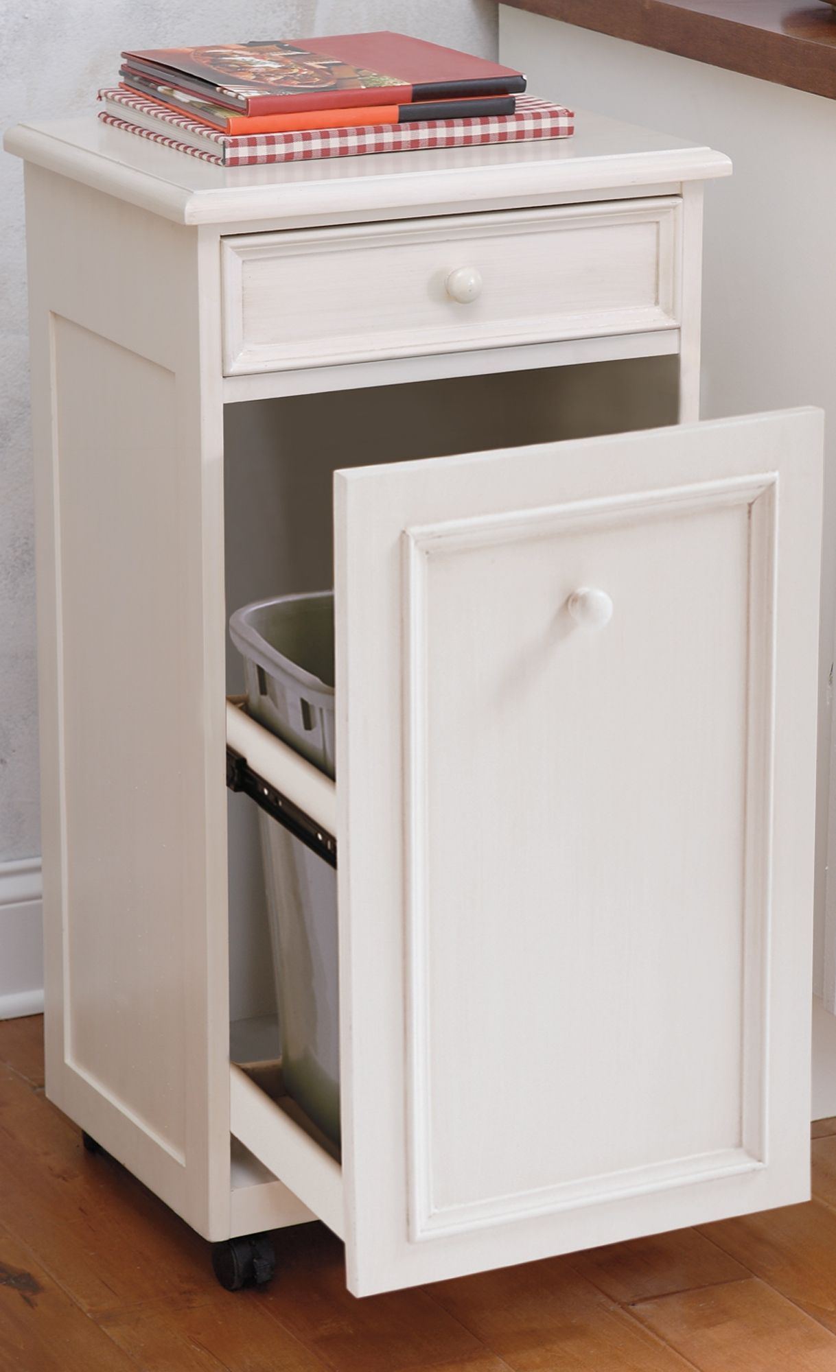 Perfect for a party or everyday use, our Slide-out Trash Bin has all the right components. It moves so easily, making it wonderfully convenient.