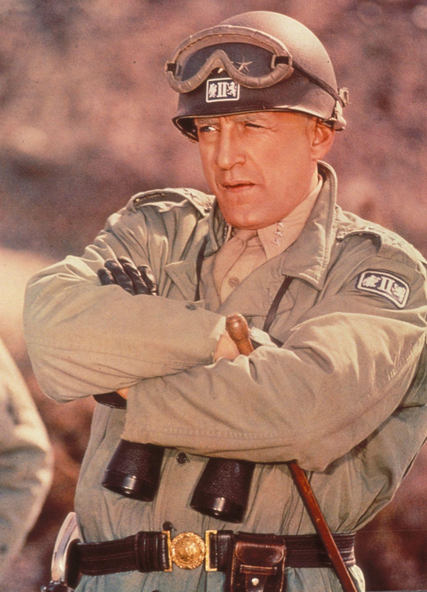 Episode 65 War Movies Patton Movie Still 1970 George C Scott As Gen George S Patton Met Afbeeldingen 1970s Film