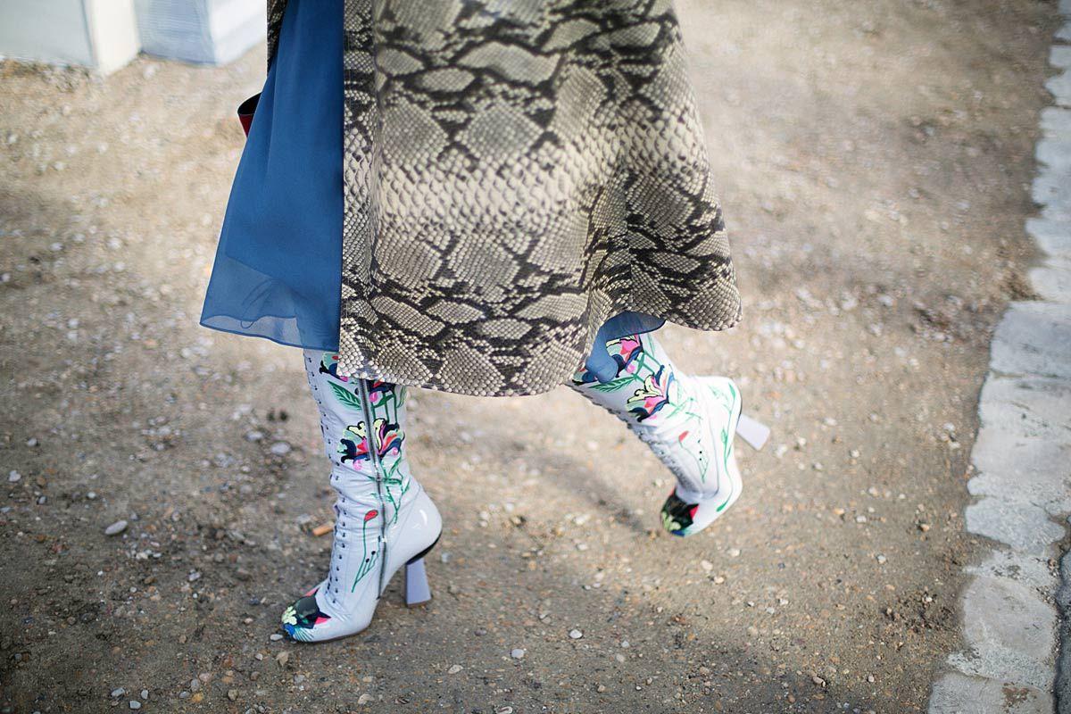 PFW - FW14/15: Unas botas de Miu Miu en las que ya es primavera y un abrigo de pitón: lo imposible se hace posible en París.