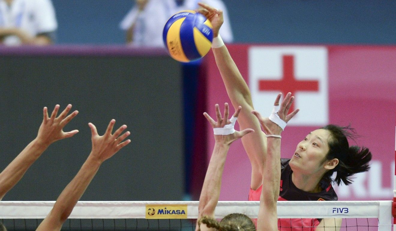 Star Chinese Spiker Zhu Ting Starred For The Mainland In Their Match Against The Us Fo Female Volleyball Players Professional Volleyball Players Ball Exercises