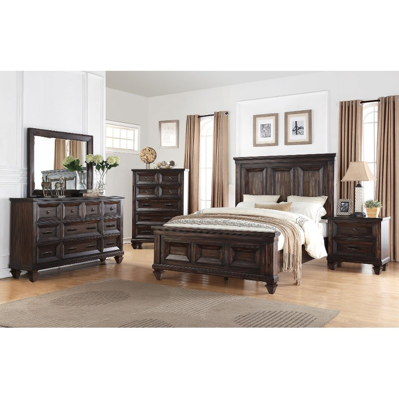 The Sevilla 6 Piece California King Bedroom Set Now At Rc Willey Will Infuse Your Home With Timeless Bea King Bedroom Sets Bedroom Set Bedroom Furniture Sets Cal king bedroom furniture set