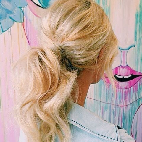 Perfect blonde hair and ponytail