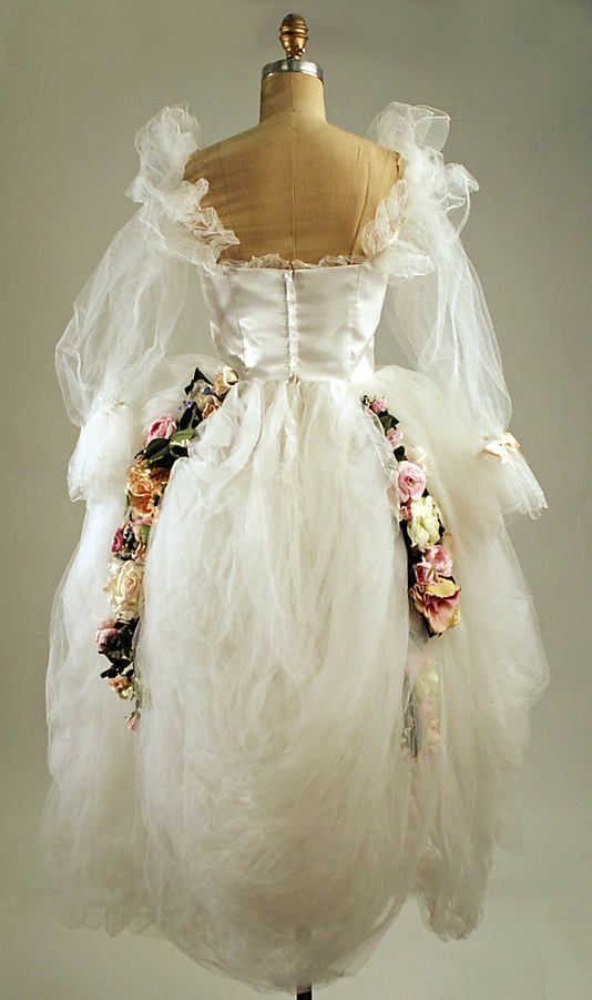 The Metropolitan Museum Of Art Wedding Ensemble Wedding Dress Patterns Vintage Fashion 1980s Fancy Dresses