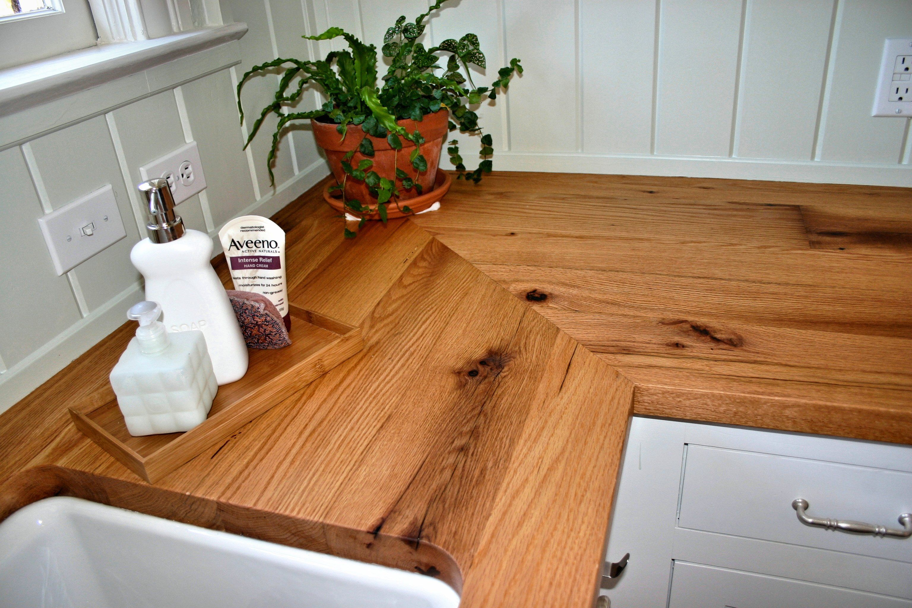 Custom Wood Countertop Options Joints For Multi Section Tops Wood Grain Laminate Countertops Wood Countertops