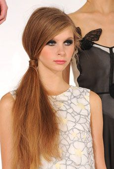Casual Side Ponytail for Long, Straight Hair.-pin it by #carden
