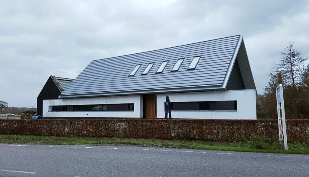 Moderne villa in buitengebied architectural for Woningen moderne villa